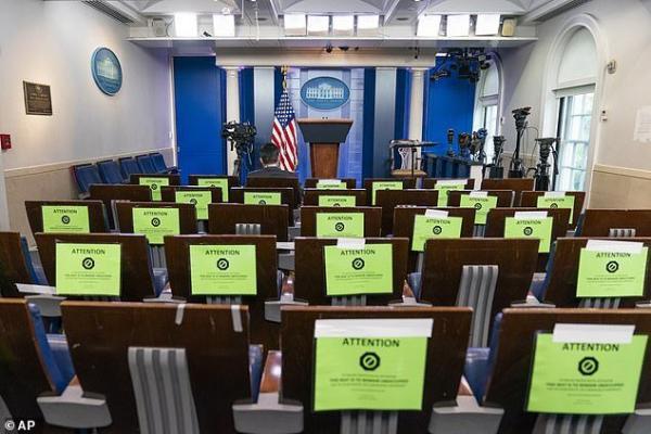 خبرنگاران برای حضور در کاخ سفید باید هزینه تست کرونا را بپردازند