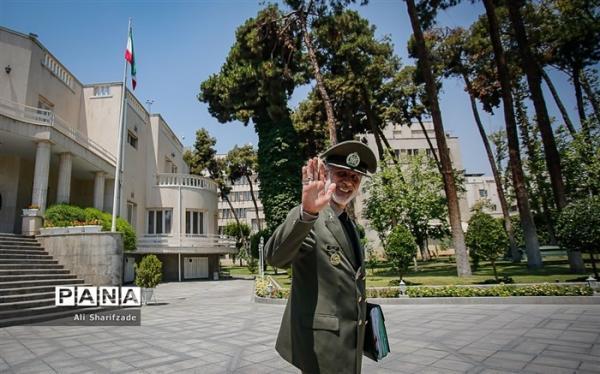 امیر حاتمی نوروز را به وزرای دفاع 12 کشور تبریک گفت