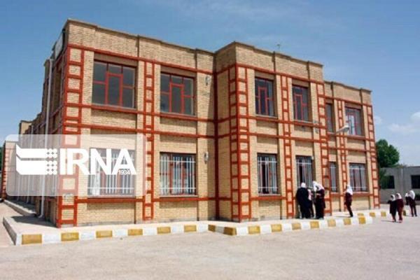 خبرنگاران یزد از استان های پیشتاز ساخت مدارس خیری است
